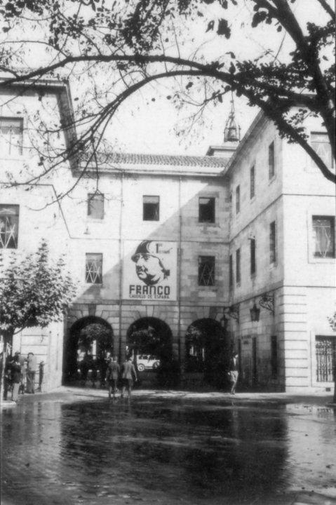 Cartel de Franco en Burgos