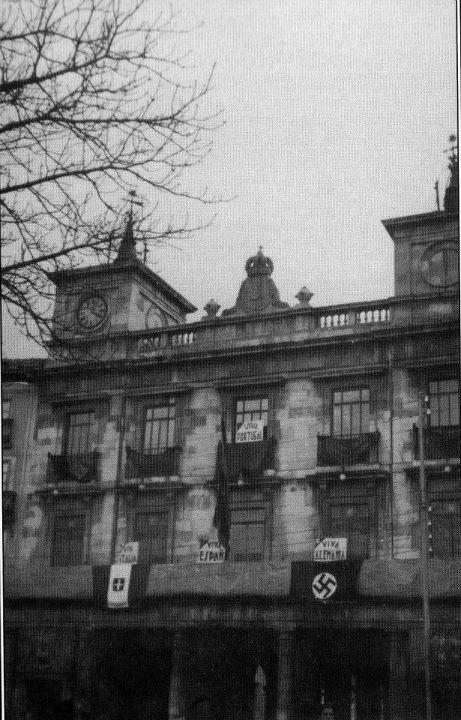 Ayuntamiento de Burgos esvastica 2