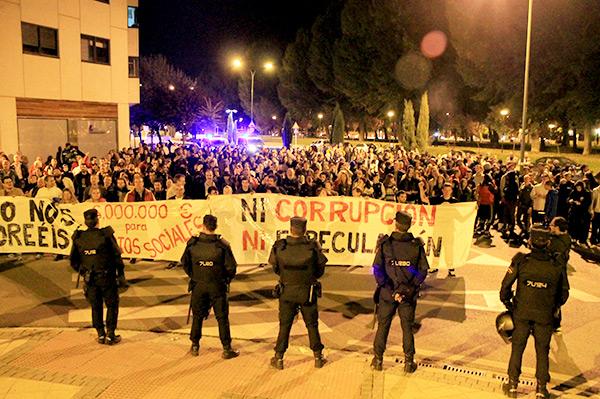 Manifestación frente a promecal