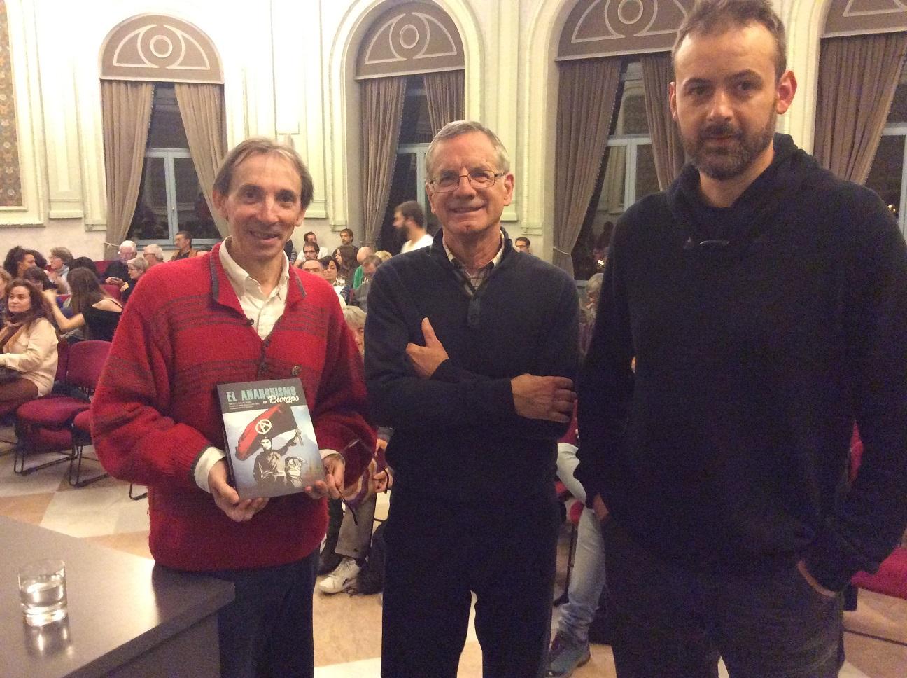 presentación anarquismo en Burgos polisón2